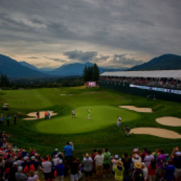 Boeing Classic Hole 18